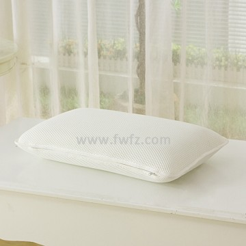 Height adjustable white spacer fabric pillow