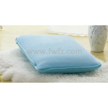 Height adjustable blue spacer fabric pillow