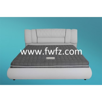Spacer fabric mattress with magnetic sheets