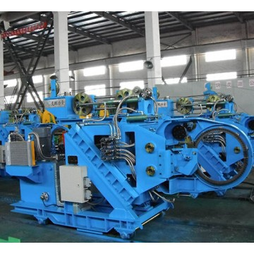 Steel bar bundling machine